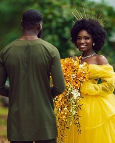 Black is Beautiful Chic Wedding, Wedding Styles, Dream Wedding, Wedding Yellow, Wedding Story, Wedding Book, Nontraditional Wedding, Unique Wedding Cakes, Black Love