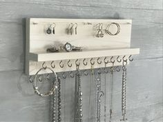 White Stained Jewelry Organizer Necklace Holder – Wall Mounted Rustic Wood, Necklaces Bracelets Earrings - About jewelry organizer diy Jewelry Wall, Jewelry Organizer Wall, Wall Organization, Jewellery Storage, Jewelry Organization, Wood Jewelry Display, Bra Jewelry, Beauty Organizer, Earring Storage