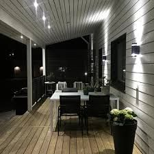 Side porch on Vegas house Outdoor Rooms, Outdoor Living, Terrasse Design, Porches, Porch Plans, Porch Addition, Front Porch Design, Porch Lighting, White Houses