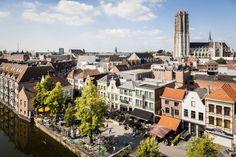 Vrouwen speelden een belangrijke rol in de geschiedenis van Mechelen: van Margareta van Oostenrijk tot bierbrouwende begijnen en de zusters Ursulinen die de hypermoderne Wintertuin lieten bouwen.