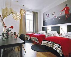 dormitório com 3 camas