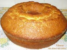Bizcocho de yogurt Mexican Food Recipes, Sweet Recipes, Cake Recipes, Dessert Recipes, Food Cakes, Cupcake Cakes, Pan Dulce, Bien Tasty, Yogurt Cake