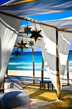Oh boy. | Dreamy linens + mexican stars | Soft romantic Mexican beach wedding | LFF Designs | www.facebook.com/LFFdesigns