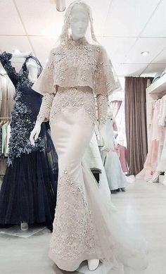 New Dress Hijab Brokat Party Ideas Muslim Wedding Gown, Malay Wedding Dress, Muslimah Wedding Dress, Hijab Wedding Dresses, Popular Wedding Dresses, Muslim Dress, Bridal Dresses, Bridesmaid Dresses, Prom Dresses
