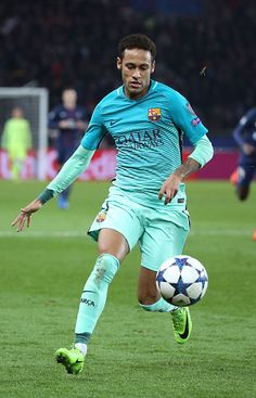 Paris Saint-Germain v FC Barcelona - UEFA Champions League Round of 16: First Leg Barcelona Sports, Fc Barcelona Neymar, Barcelona Team, Neymar Vs Psg, Messi And Neymar, Lionel Messi, Neymar Jr Wallpapers, Neymar Football, Soccer Quotes