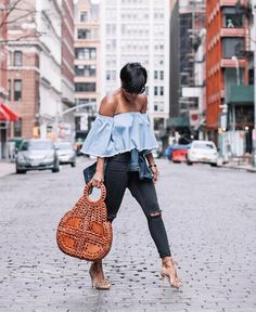 "Kyrzayda Rodriguez ~ on Instagram: ""Loving my new vintage inspired handbag ""Pisticci"" by @patricianashdesigns You can style it & wear in different ways!  #patnashstyle #patricianash #sponsored Image by @thugnanny_"""