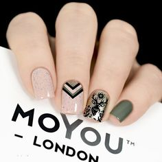 Remember the Animal Collection? Here are some nail art ideas created by the amazing nail artists: and for the website :)⠀ ⠀ 👉Plates - Animal 👉Polishes - Black Knight // Liquid Gold // Cafe Au Lait⠀ ⠀ ⠀⠀⠀⠀⠀ ⠀⠀⠀⠀ Makeup Artist Tattoo, Nail Artist, Tattoo Makeup, Elegant Nails, Stylish Nails, Indian Nails, Geometric Nail, Polka Dot Nails, Rose Gold Nails