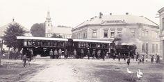 Záběr zachycující náves staré Poruby ve třicátých letech minulého století. Street View, Pictures