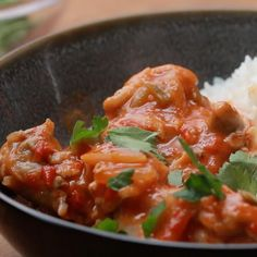 Spice It Up With This Tasty Coconut And Tomato Flavored Chicken