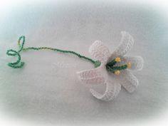 Mirtusz : Örökszép-virág - Nőnapra (is)    horgolt liliom