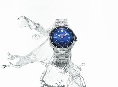 Back from the depths of the ocean, and the depths of time, the Seastrong Diver Comtesse Quartz range is the worthy successor... The post Seastrong Diver Comtesse Quartz: Marine Attitude appeared first on WATCHESPEDIA. Women's Watches, Sport Watches, Watches For Men, Sporty Chic, Timeline, Attitude, Quartz, Ocean, Range
