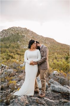 Willem & Michelle trou by The One Heaven & Earth – Mooi Troues Heaven On Earth, The One, Couple Photos, Couples, Couple Shots, Couple Photography, Couple, Couple Pictures