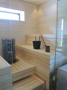 Leena & Antereo had a neat sauna similar to this as I remember. Outdoor Sauna, Outdoor Baths, Bathroom Kids, Laundry In Bathroom, Bathrooms, Sauna Steam Room, Sauna Design, Finnish Sauna, Interior Garden
