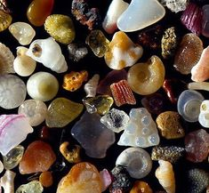 This is what sand looks like at 250x magnification!