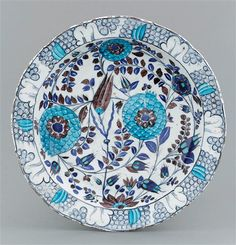 Grand Palais, Plates And Bowls, 16th Century, Ceramic Pottery, Persian, Louvre, Porcelain, Dishes, Grenades