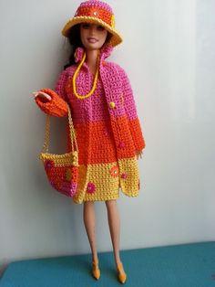 vêtement poupée mannequin Barbie (295)