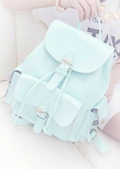 hobo purses on sale; bags that fits alongside with your outfit Cute Mini Backpacks, Stylish Backpacks, Girl Backpacks, School Backpacks, Leather Backpacks, Leather Bags, Fashion Bags, Fashion Backpack, Accesorios Casual