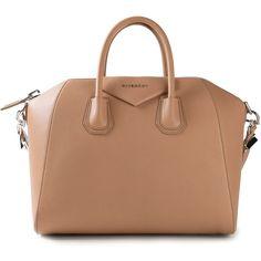 7 Super Genius Cool Tips: Hand Bags Burberry Leather hand bags clutch style. Versace Handbags, Burberry Handbags, Tote Handbags, Tote Bags, Tote Purse, Givenchy Tote Bag, Givenchy Antigona, Beige Purses, Stylish Handbags