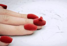 3D printed nail art comes to life through stop motion animation http://www.siempre-lindas.cl/