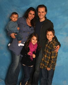 the Jackson tribe.Jonathan with his wife Lisa and their three children Titus Gabriel, Adora Elizabeth, and Caleb Michael. Jonathan from Nashville Jonathan Jackson, Nashville Series, Nashville Tv Show, Nashville Wife, Soap Opera Stars, Soap Stars, Tv Actors, Actors & Actresses, Luke And Laura