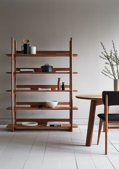 Tana Shelf. TIDE DESIGN. 03.