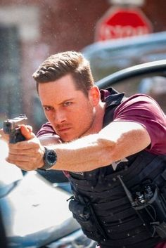 Chicago Fire, Nbc Chicago Pd, Chicago Shows, Chicago Med, Chicago Bears, Cake Chicago, Chicago Pd Halstead, Jay Halstead, Chicago Tattoo