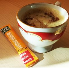 Haideti la o cafea dulce dar fara zahar ... Buna dimineata! :) Coffee Time, Shake, Sugar Free, Romania, Tableware, Smoothie, Dinnerware, Tablewares, Coffee Break