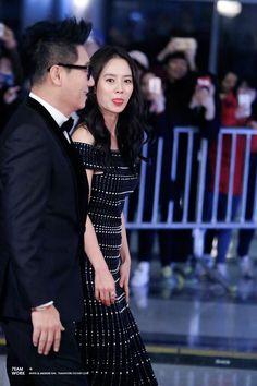 Song Ji Hyo rocks! — [Fancam photos] 151230 Song Ji Hyo andLee Kwang...