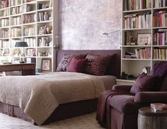 Wish my hubby liked purple as much as I do, because our bedroom would totally look like this!