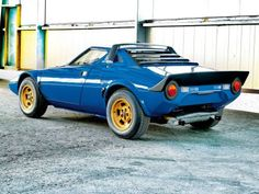 The best collection of the top photos of 1973 Lancia Stratos, view and vote for your favorite photo of 1973 Lancia Stratos today.  Share the collection of 1973 Lancia Stratos pictures with friends so they can vote as well.