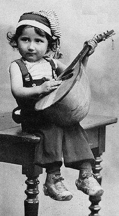 Vintage photo #mandolin #mandolins