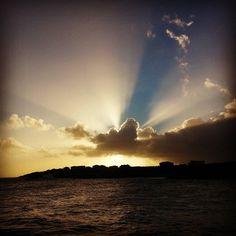 Do you ever look up at the sky for #inspiration?  Mandurah -:- #WesternAustralia -:-:-:-:-:-:-:-:-:-:-:-:-:-:-:-:-:-:-:-:-:-:-:-:-:-:-:-:-:-:-:- #instagood #instalike #instalove #funatthbeach #photooftheday #natureatitsfinest #cantgetenough #fishing #perth #sunrise #australia #goodmorning #happy #peace #love #nature #instacool #amazing #amazingworld #worthit #adventure #thisiswa #picturesque #beautiful #beautifulday #livinglife #sitbackandrelax by silvashadow86…