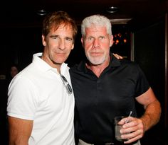 Ron Perlman Photos - Actors Scott Bakula (L) and Ron Perlman attend the Annual SAG Foundation Golf Classic at Lakeside Golf Club on June 2012 in Burbank, California. Tv Actors, Actors & Actresses, Alan Thicke, Comedy Cartoon, Joel Mchale, Joe Mantegna, Ron Perlman, Andy Garcia, Great Films