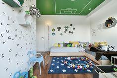 Como mudar a decoração do quarto com adesivos de parede.