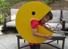 13 diy pacman kid costume idea