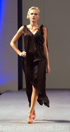 Jorge Afanador Couture Fashion Show New York 2013 Collection Printemps 2013 #jorgeafanador #mode #fashion #women #femmes #printemps2013 #newyork #couturefashionshow #couture #inspiration #robe #dress