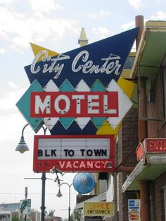 Reno Googie Motel Signs -- Tiki Central
