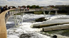 The Castleford pedestrian bridge crosses the River Aire in Wakefield. Architecture and photo by McDowell and Benedetti.