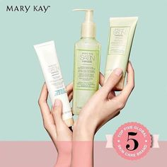Our hands work hard every day and definitely deserve the ❤️ and extra care. Try out our latest Mary Kay White Tea & Citrus Satin Hands Pampering Set today! Contact your Independent Beauty Consultants to find our more! #MaryKay #MaryKayMalaysia #MaryKaySingapore #SatinHands #HandCare #Love #Pampering #Beauty #WhiteTea #Citrus #SheaButter #New
