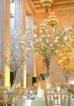 dogwood arrangements--this makes me think of my mom and the met museum :)