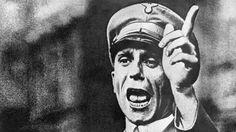 Segunda Guerra Mundial: La secretaria de Goebbels: «Creía que la gente iba a los campos de concentración a ser reeducada»