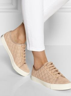 Tory Burch quilted leather sneakers. Zapatos Lindos f4e615b8834