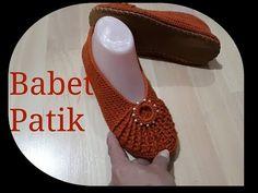 BABET PATİK - YouTube Crochet Shoes, Crochet Videos, Tory Burch Flats, Slippers, Youtube, Fashion, Shoes And Socks, Fuzzy Slippers, Crochet Ideas