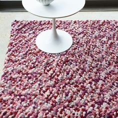Wollteppich Be in Rosa/GrauWayfair.de Wollteppich Be in Rosa/GrauWayfair. Contemporary Rugs, Modern Rugs, Rug Company, Summer Berries, Red Candy, Wool Carpet, Eclectic Decor, Rugs In Living Room, Rug Making