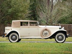 1927 Rolls-Royce Phantom I Newmarket Convertible Sedan by Brewster | Amelia Island 2015 | RM Sotheby's