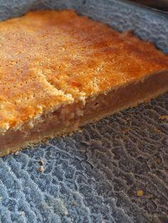 Macsfalatok oldalán találtam a receptet. Már sokszor sütöttem almás pitét, de mindig más-más recept szerint, így gondoltam, most már ideje ...