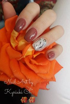 Spring Flowers Beautiful Subtle Nail Designs