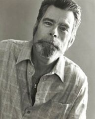 Stephen King, Recipient of the National Book Foundation's Medal for DISTINGUISHED CONTRIBUTION TO AMERICAN LETTERS AWARD, 2003, National Boo...