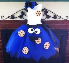 cookie monster for Halloween! Olivia needs to wear this for Halloween McCalmont 30 Diy Halloween Costumes, Cute Costumes, Halloween Party, Costume Ideas, Work Appropriate Halloween Costumes, Halloween Clothes, Halloween Ideas, Halloween Stuff, Halloween Makeup