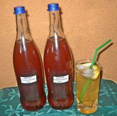 Sirop din flori de salcam - Bunătăți din bucătăria Gicuței Hot Sauce Bottles, Homemade, Wine, Drinks, Kamra, Gem, Natural, Pies, Syrup
